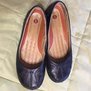 Clark's unstructured leather slip on loafers